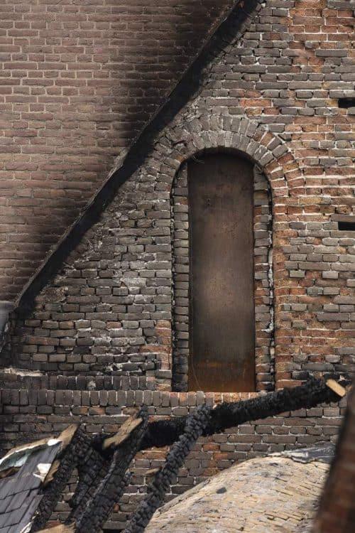 Detailfoto van onze reddende deur.
