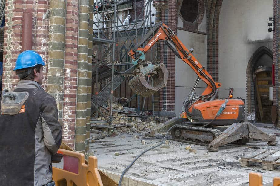 St. Urbanuskerk - opruimen met robot