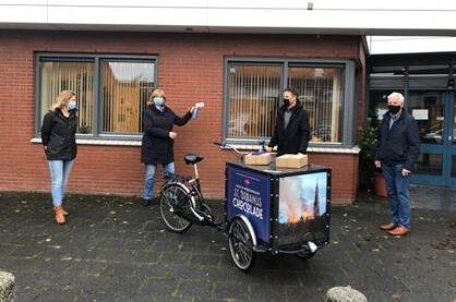 Zorgcompliment Ons Tweede Thuis Westwijk overhandigd