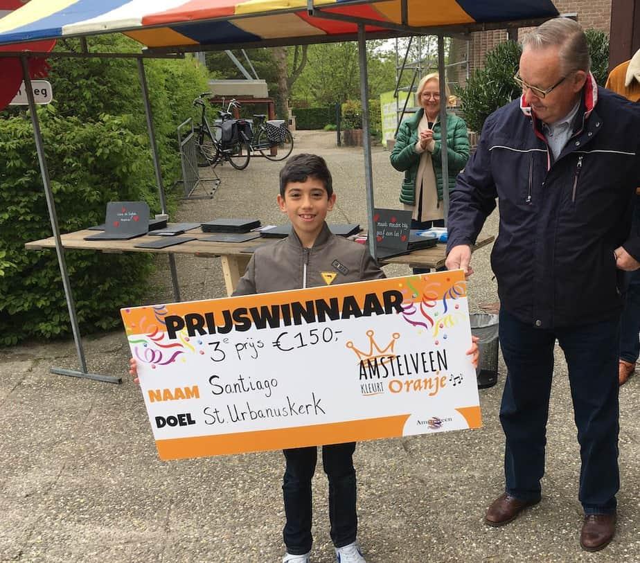 Cheque van 8-jarige Santiago